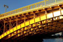 Golden arches: The substructure of Kuramae Bridge over the Sumida River (above) Below: The airstream diner at Himode Pier. | KIT NAGAMURA
