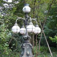 Old gas lamps such as this one illuminated the palace during the Meiji Era (1868-1912). | MARK SCHREIBER PHOTO