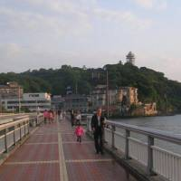 Land line: Enoshima Island and its Benten Bridge link to the mainland | BURRITT SABIN PHOTOS