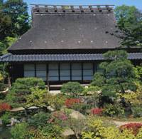 The Sanshutei (Arbor of Three Superb Beauties) pavilion in Isui-en's West Garden dates from the late 17th century.