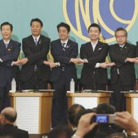 Opposition directly attacks 'Abenomics'