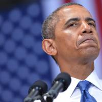 Obama offers deal over taxes, jobs