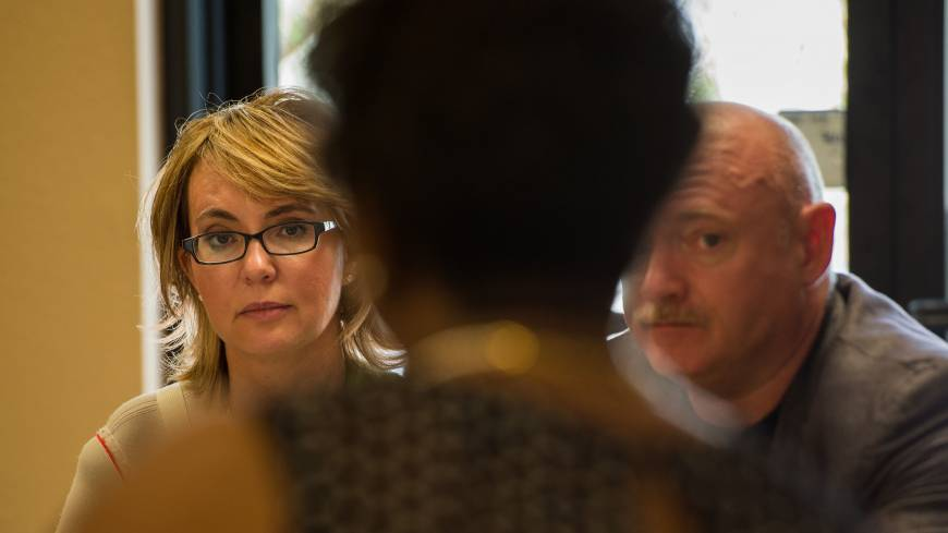 Giffords and Kelly meet with Las Vegas business owners to discuss the issue of responsible gun legislation the same day. | THE WASHINGTON POST