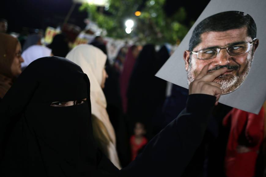 Morsi backers defiant in face of threat to close sit-in camps