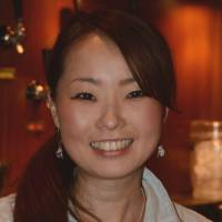 Mitsuru Kato, TV station staff, 21 (Japanese): I would think I watch at least 10 hours in total each week. Actually, that number should probably be higher than 10 hours a week because after I go home from work — coincidentally, at a TV station — watching TV is pretty much all I do.