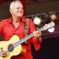 Guitarist Tommy Emmanuel played a chill set on the Beach Stage for the Tokyo leg of Summer Sonic (which actually takes place in Chiba). | ©SUMMERSONIC, ALL RIGHTS RESERVED