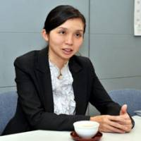 Tall order: Masako Suzuki, a lawyer who will head the new Section of Legal Assistance for Foreigners at the Tokyo Public Law Office next week, is interviewed on Oct. 20 at her Tokyo office. | YOSHIAKI MIURA PHOTO