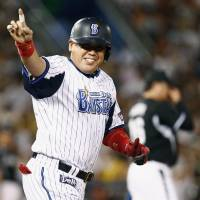 BayStars stage wild comeback against Tigers