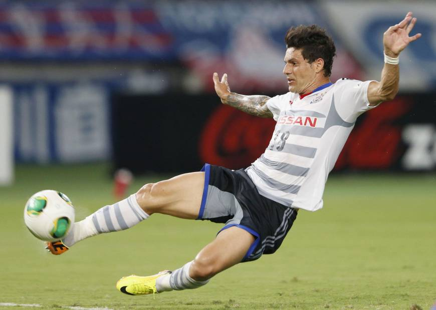 Marinos climb back into first place by beating FC Tokyo