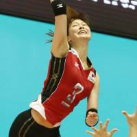Spirited performance: Japan captain Saori Kimura tallied 26 points in a 2-hour, 4-minute match against China on Saturday night. | FIVB