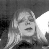 Convicted leaker Manning says he's a woman, wants to be called Chelsea