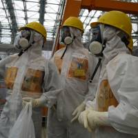 Tepco tech chief disputes Abe's 'under control' assertion