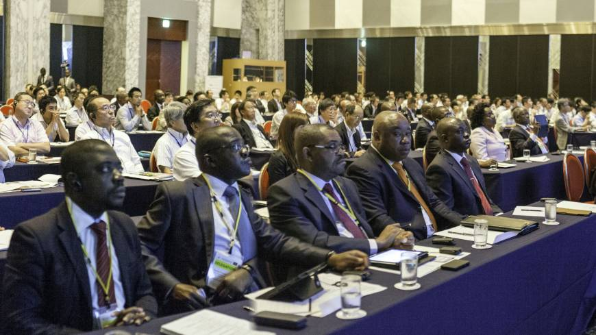 About 170 people from the Japanese business community and Angolan ministries attend.