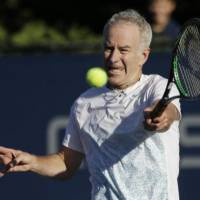 Nishikori vs. McEnroe in charity match