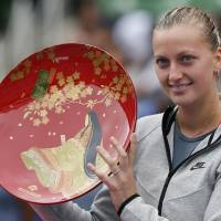 Kvitova bests Kerber in three sets to win Pan Pacific title