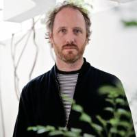 Common problem: Director Mike Mills was inspired to make 'Does Your Soul Have a Cold?' — a documentary about depression in Japan — when he realized how globalized the taking of antidepressants had become. | © SEBASTIAN MAYER