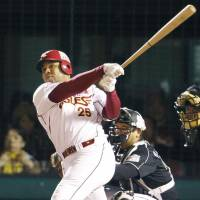 Big hitter: Tohoku Rakuten's Andruw Jones hits a two-run home run in the fourth inning of Game 4 of the Pacific League Climax Series Final Stage on Monday. | KYODO