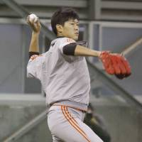 Called to action: Yomiuri Giants southpaw Tetsuya Utsumi is the Game 1 starter for the defending champions. | KYODO