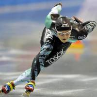 Speed skater Kato claims 500-meter national title