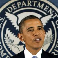 Unbowed: U.S. President Barack Obama speaks about hurricane preparedness and the budget showdown with Congress at the headquarters of the Federal Emergency Management Agency in Washington on Monday. | AFP-JIJI