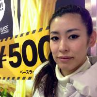 Megumi Tanaka, Hairstylist, 31 (Japanese): Ramen! A new Ippudo ramen shop opened in Umeda. The ramen is on sale!