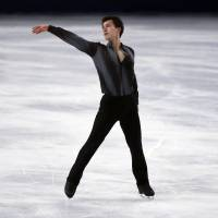 <B>Only the best: Patrick Chan performs his short program at the Trophee Bompard on Friday | CHAN BROKE HIS OWN WORLD RECORD WITH A  SCORE OF <A HREF='HTTP://98.52.AP' TARGET='_BLANK'>98.52.AP</A></B>
