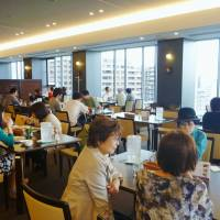 With top-class chefs and good food, university cafes becoming popular