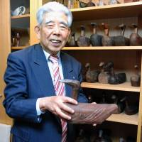 South Korea college to receive donation of carved bird sculptures
