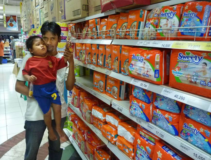 Diaper makers target Asia in challenge to P&G