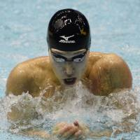First and foremost: Kosuke Hagino swims in the 100-meter individual medley at the World Cup meet in Tokyo on Saturday. | KYODO
