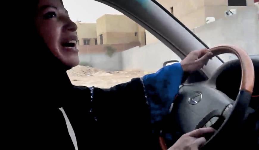 Saudi men quietly helping campaign for women to drive