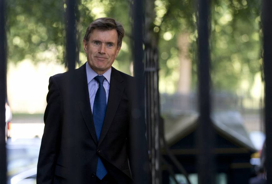Britain's spy chiefs face televised grilling