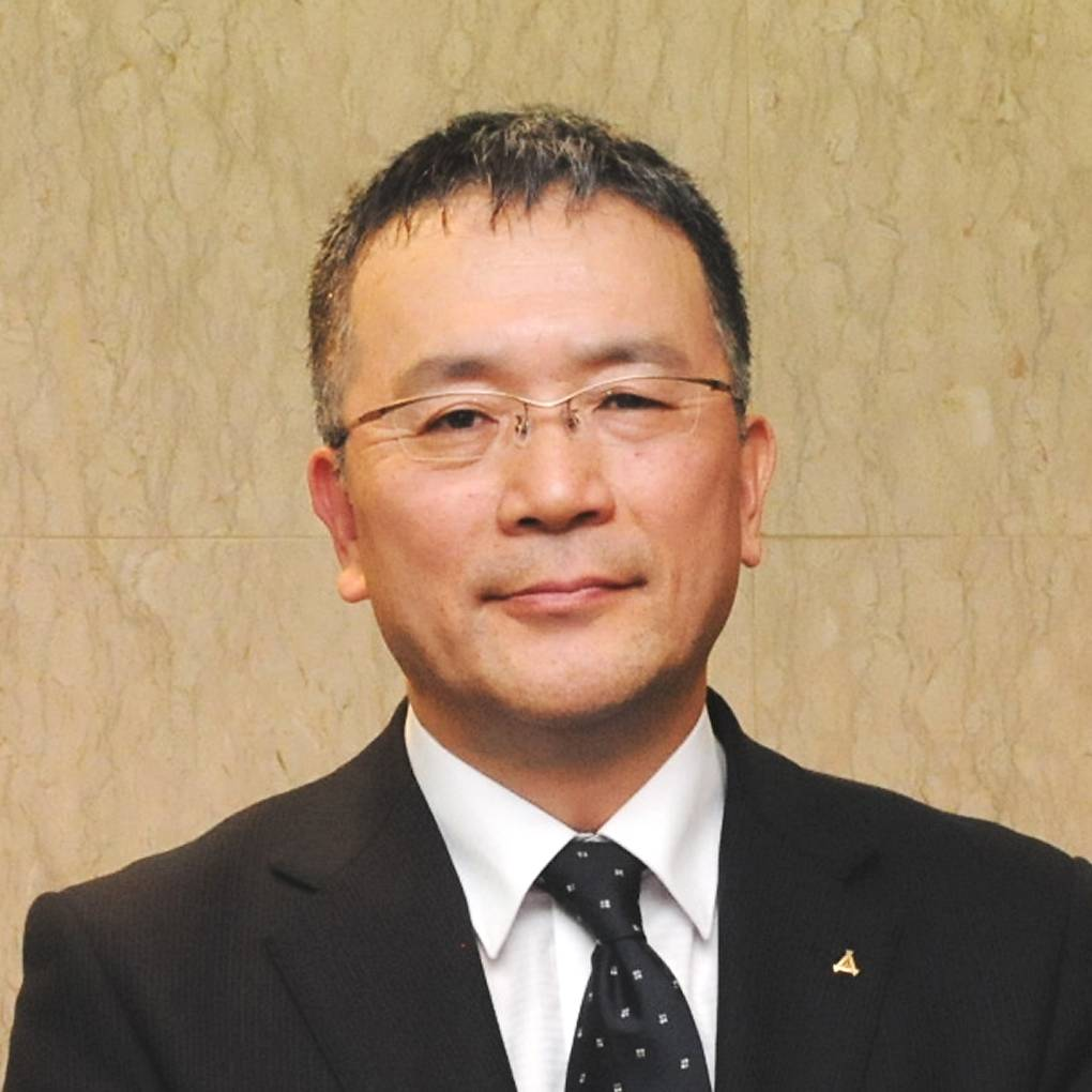 Masahiro Takeda became principal of Kyoto Municipal Murasakino High School in April, after serving as vice principal and in other positions at other high schools in the city. Well known for its focus on language, Murasakino High School aims to obtain accreditation as a Super Global High School from the education ministry.