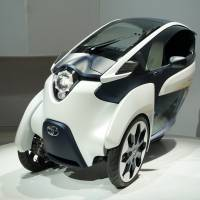 Reading U.S. trends: Toyota Motor Corp.'s ultracompact EV i-Road is displayed at the Tokyo Motor Show late last month.   | KAZUAKI NAGATA