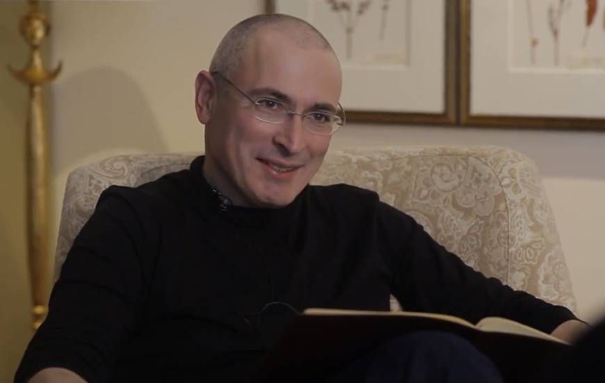 Russian oligarch Khodorkovsky reunited with family