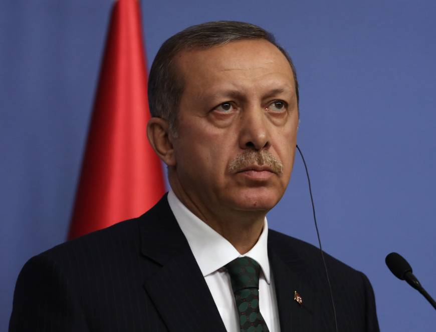 Turkish premier calls graft probe an anti-government plot