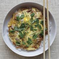 oyakodon (chicken and egg on rice) | TODD COLEMAN © 2013