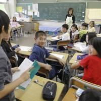 Teachers must nurture critical thinking, confidence in English for a shot at 2020 goals