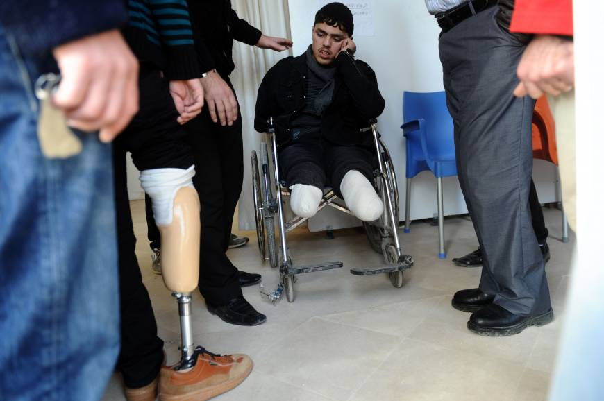 New limbs from Turkish clinic aid Syrians in long walk back from war