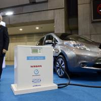 Nissan set to double Leaf sales: Ghosn