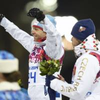Records broken in biathlon, speedskating events