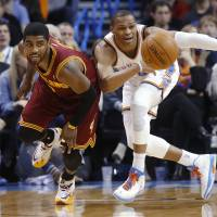 Irving surges late to lift Cavs
