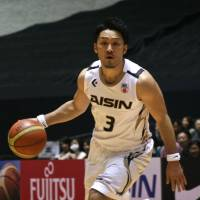 Hunger to compete: Aisin floor leader Shinsuke Kashiwagi wants more playing time, but knows his team will divide minutes between him and other guards. | KAZ NAGATSUKA