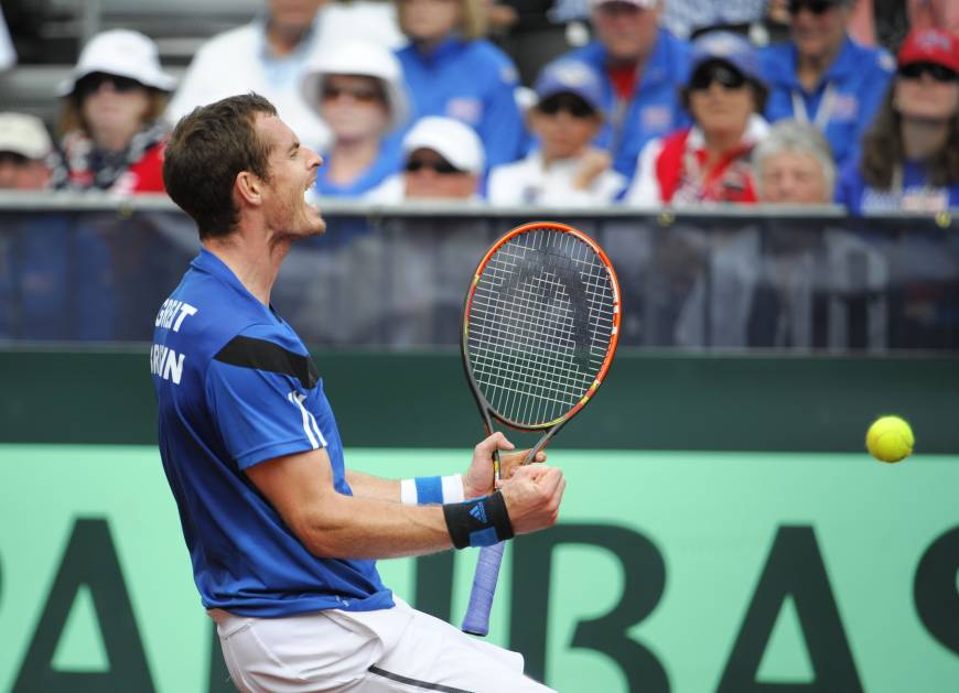 Murray beats Querrey, propels Britain into next round