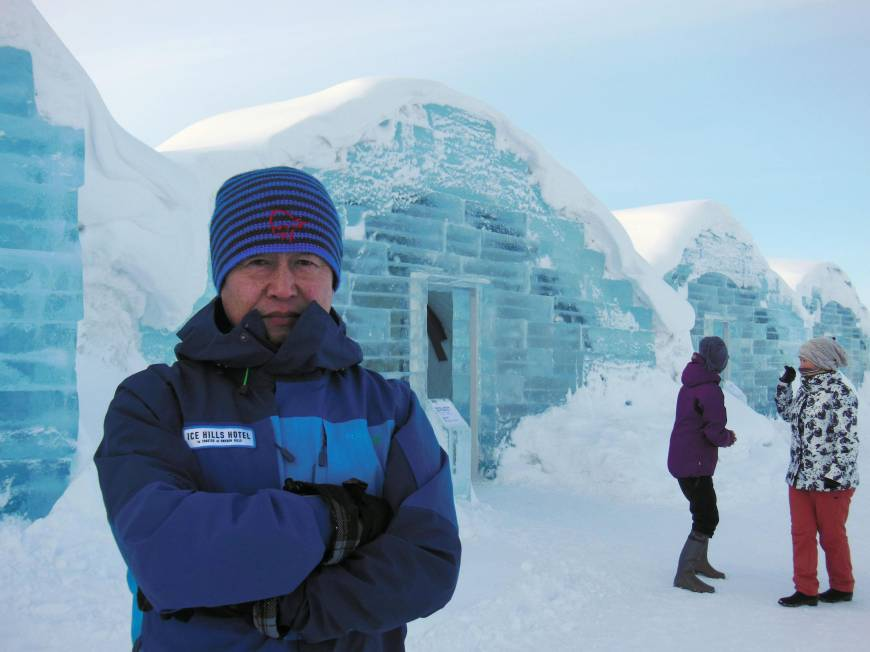 Hokkaido town opens ice hotel, with wet bar