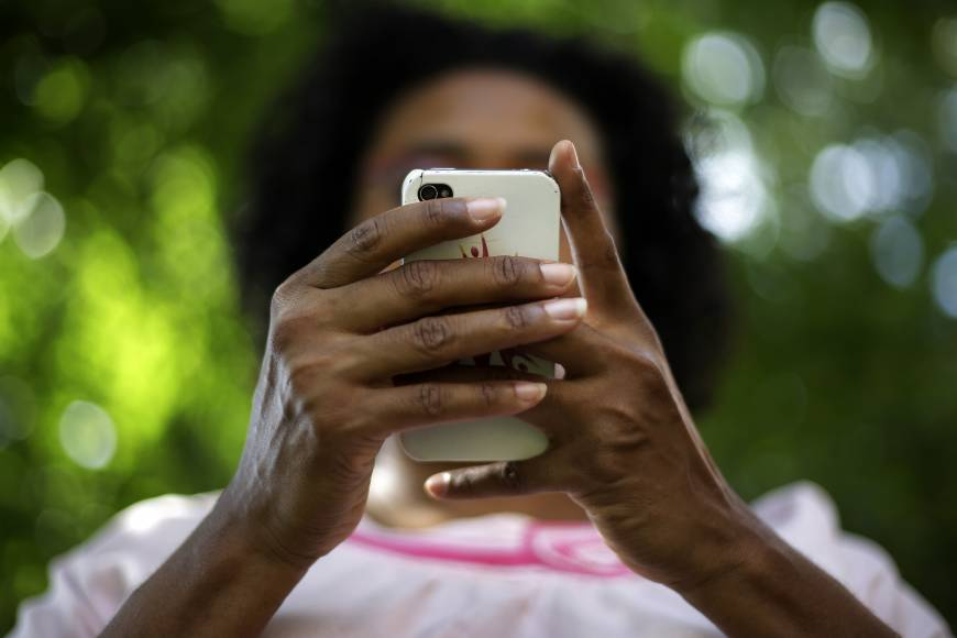U.S. blacks find social media voice
