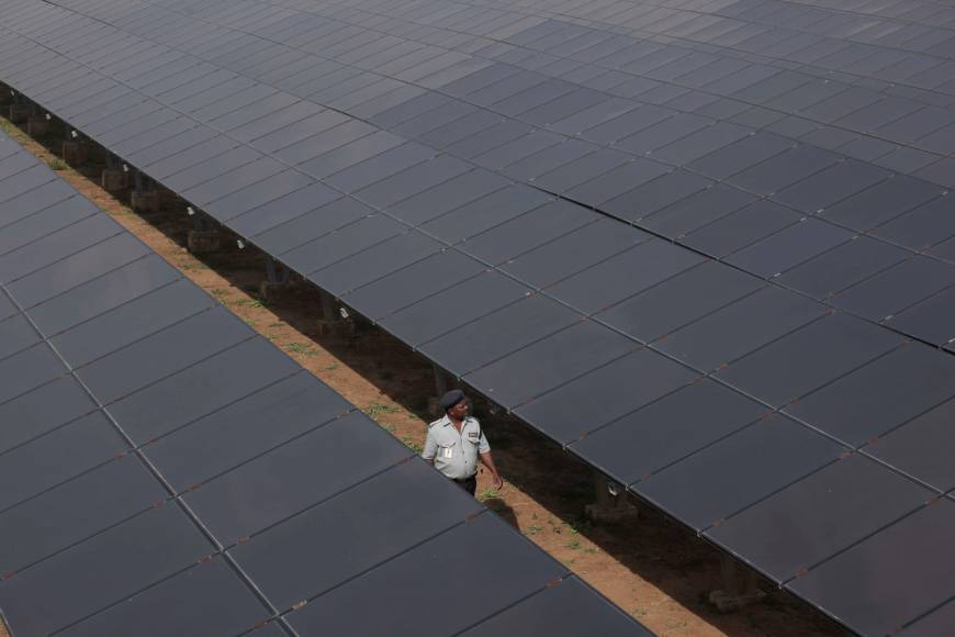 Coal crunch gives impetus to India's solar switch