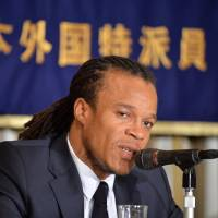 Famous face: Dutchman Edgar Davids, a former Juventus player, speaks at the Foreign Correspondents' Club of Japan in Tokyo on Friday. | AFP-JIJI