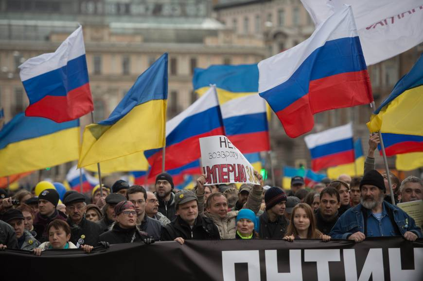 In Moscow, 50,000 protest Russia's intervention in Crimea