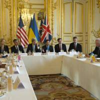 Diplomats converge on Paris to find end to Ukraine crisis